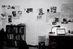 Jeremy Scahill in zijn kantoor. Foto IDFA