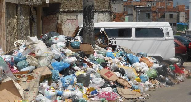 Berg in Complexo do Alemao. Foto Tine Vanhee